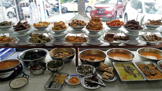 Bukan Hanaya Rendang Berikut 7 Lauk Nasi Padang Paling Nikmat